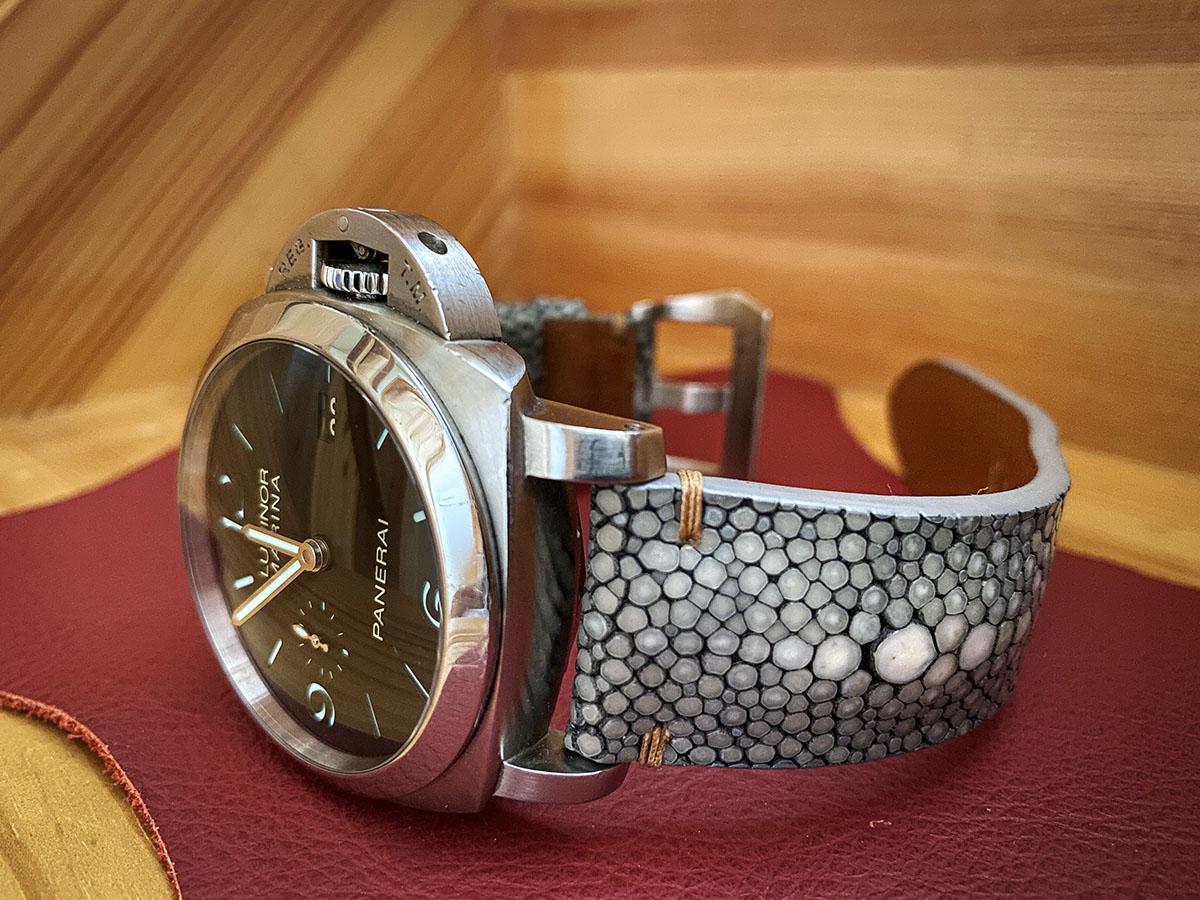 スティングレイは腕時計ベルトの定番・・・・?検索ワードから察すると・・・page-visual スティングレイは腕時計ベルトの定番・・・・?検索ワードから察すると・・・ビジュアル